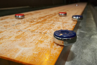 SOLO® Baltimore Shuffleboard Movers
