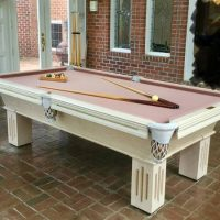 Very Nice Olhausen Pool Table