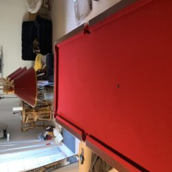 Vintage 9 foot table - Excellent Condition